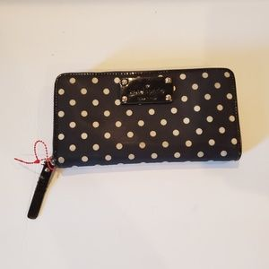 Kate Spade Yardley Cyndy Black Polka dot wallet